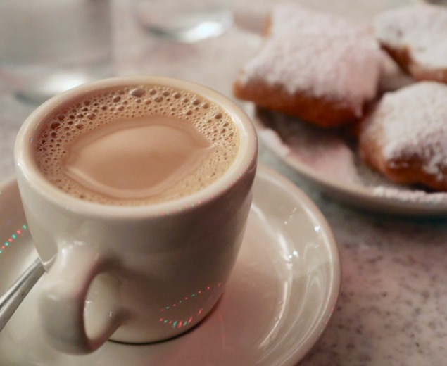 Cafe Latte & beignets at Cafe Du Monde