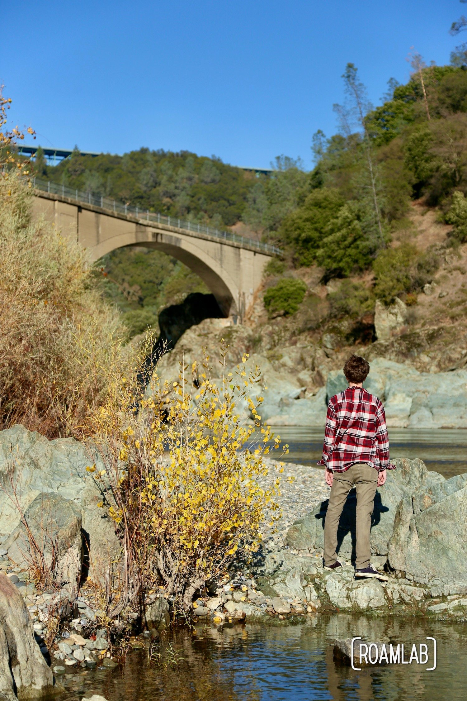 No Hands Bridge off highway 49 is a hiking destination crossing the North Fork of the American River in the ⁨California's Auburn State Recreation Area.