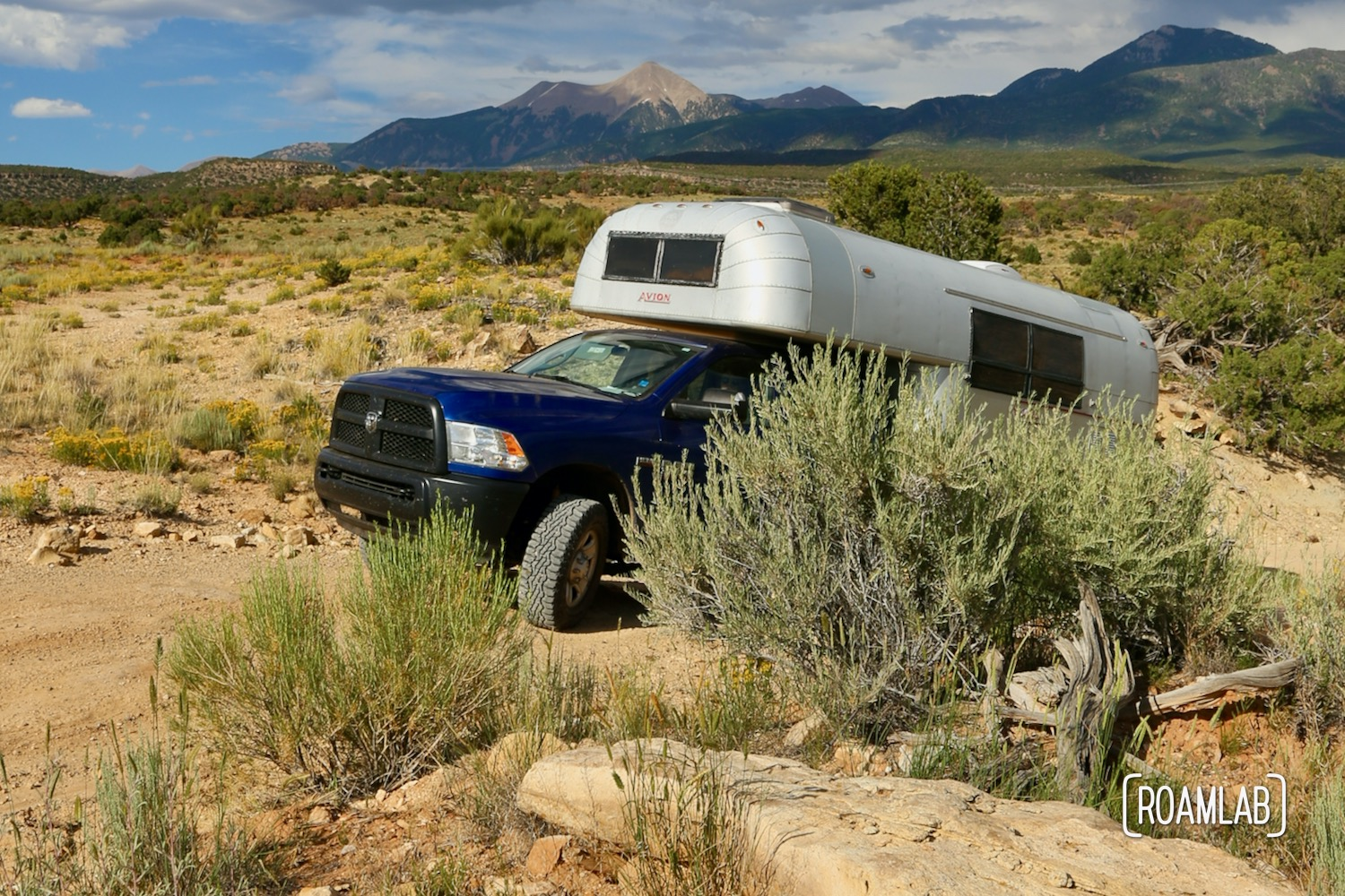 Vintage 1970 Avion C11 truck camper exploring the Utah desert on the Rimrocker off-road and OHV trail