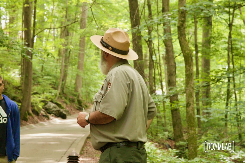 Park ranger lecturing on the ecology of the Mammoth Cave National Park.